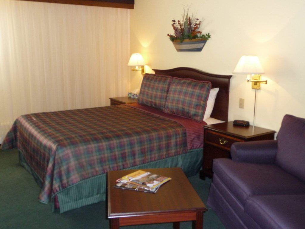 Discovery Lodge room